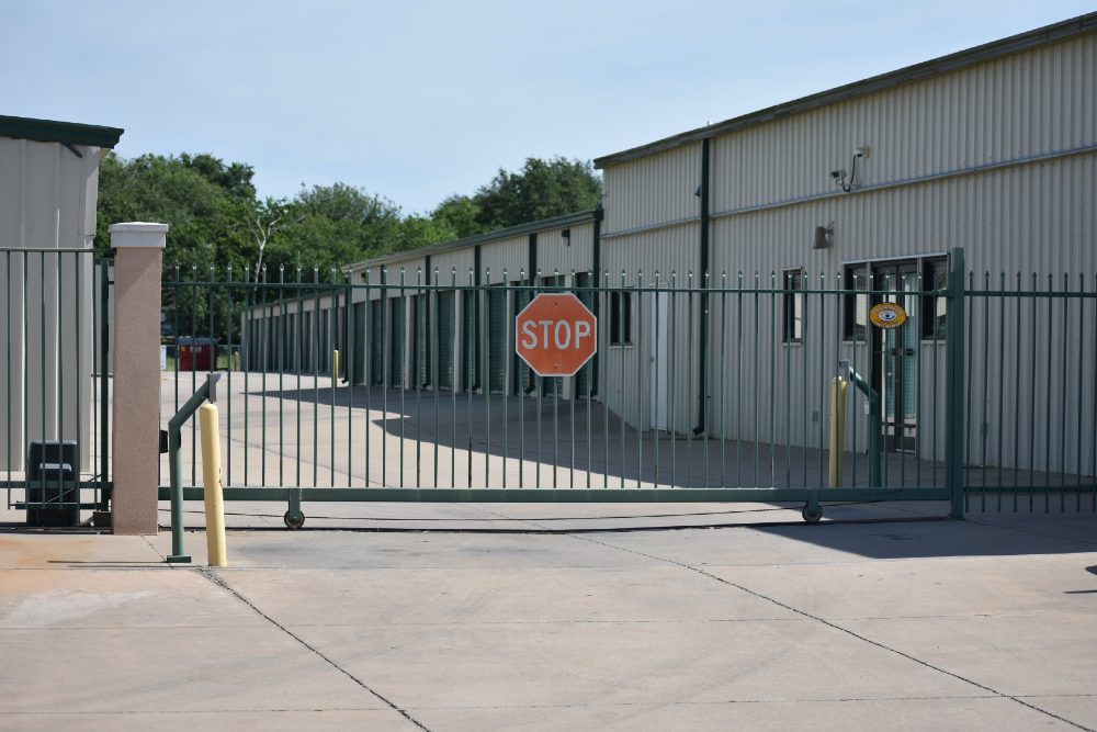 Image of the office entrance of Storage Ranch's Lawton - Lee location.