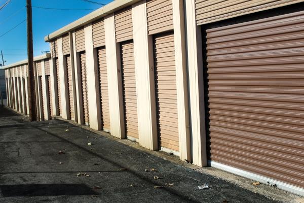 Image of storage units of various sizes.